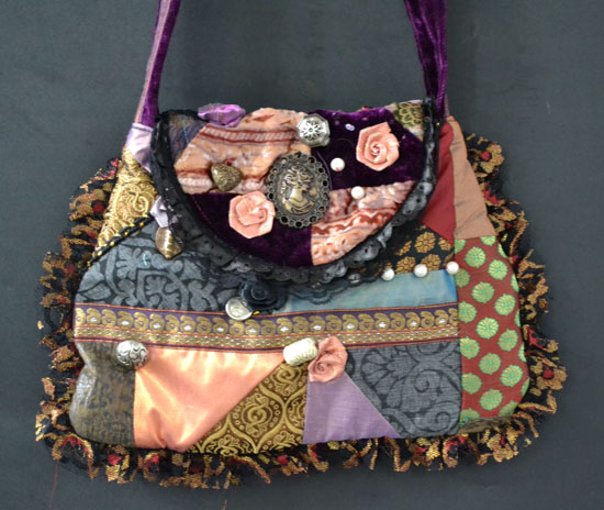 DL331 victorian crazy patchwork