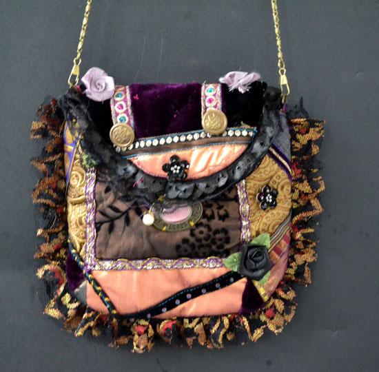 DL332victorian crazy patchwork purse