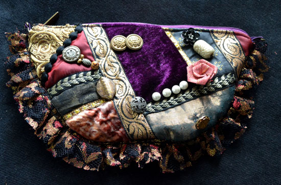 DL333 victorian crazy patch pouch