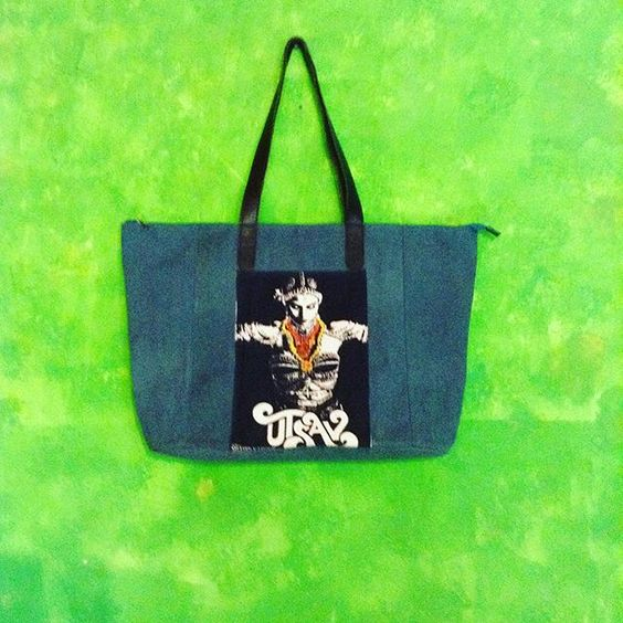 Big shopping bag in blue petrol canvas, and leather handles