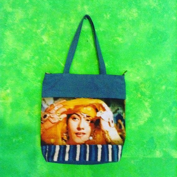 Sling big bag in blue petrol canvas, bollywood digital print
