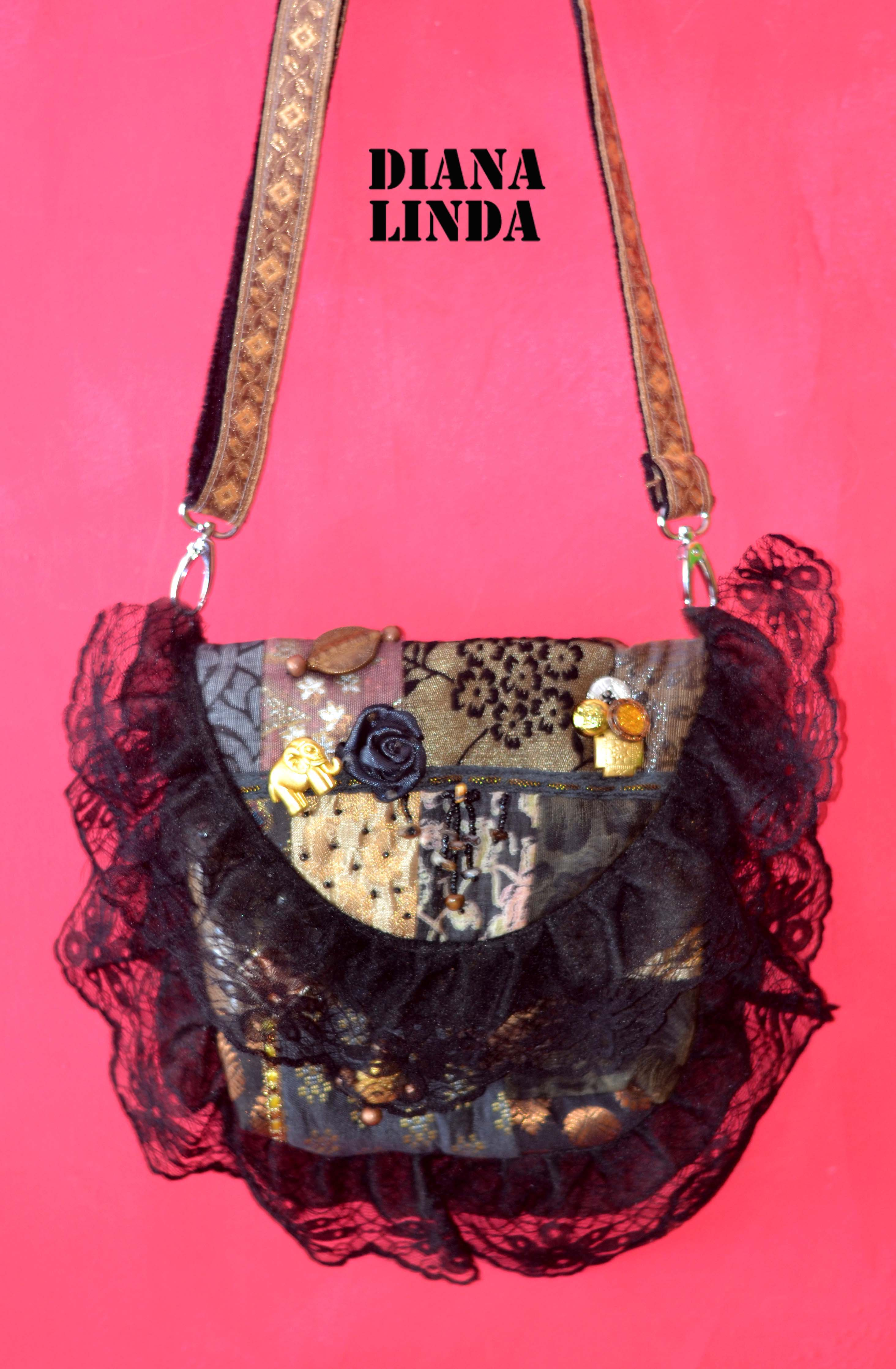 DL 540 VICTORIAN BAGS