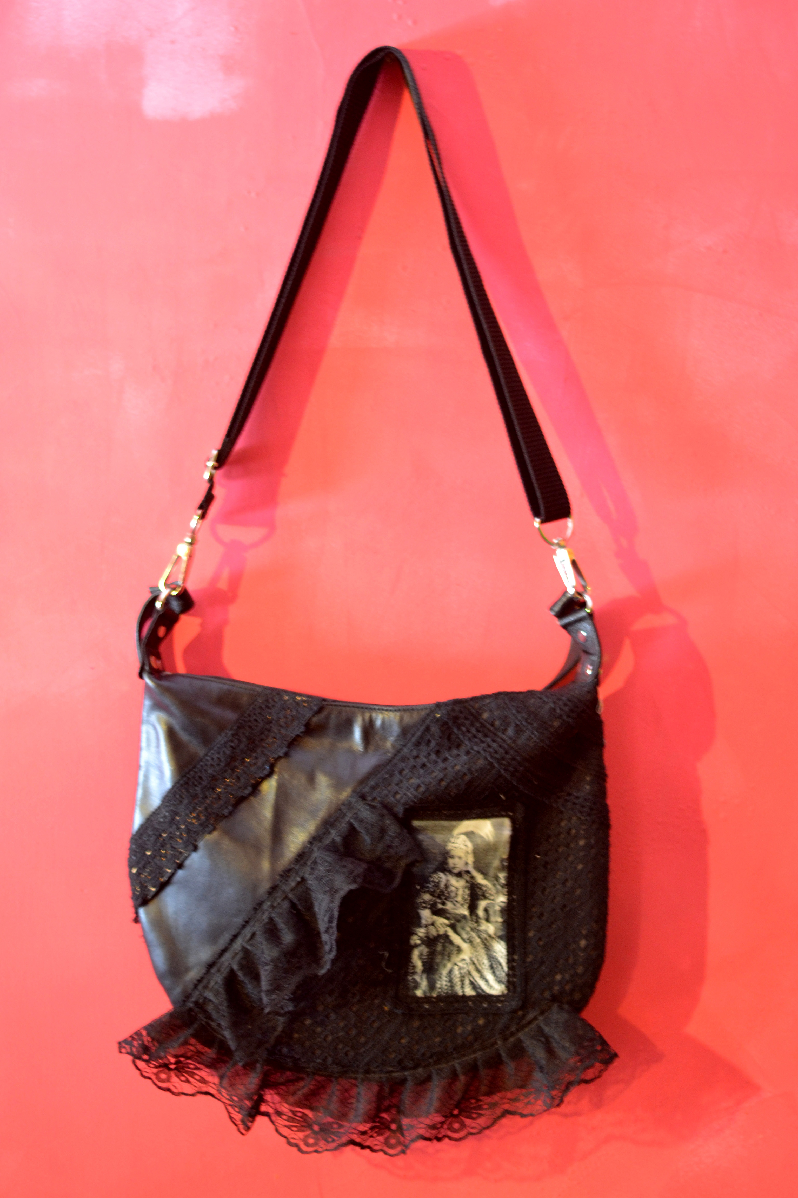 DL 620 moon bag