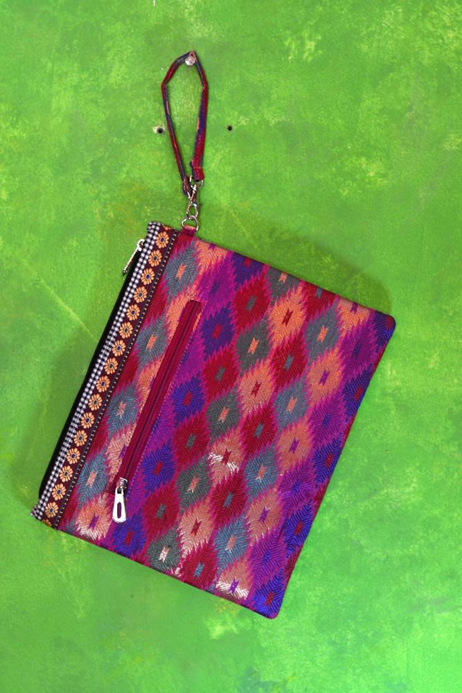 DL 583 3 medium pouch